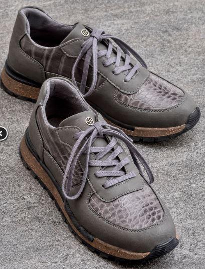 elle_spor_ayakkabı